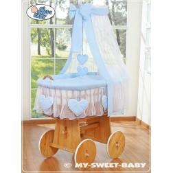 Proutěný koš na miminko SRDÍČKA - modrý