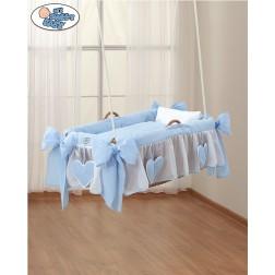 Závěsný proutěný koš na miminko - modrý