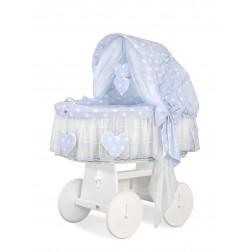 Proutěný koš na miminko SRDÍČKA - puntíky na modrém